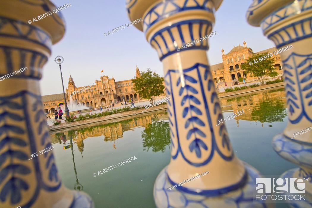 Stock Photo: Plaza de España, Spain Square, María Luisa Park, Sevilla, Andalucía, Spain, Europe.