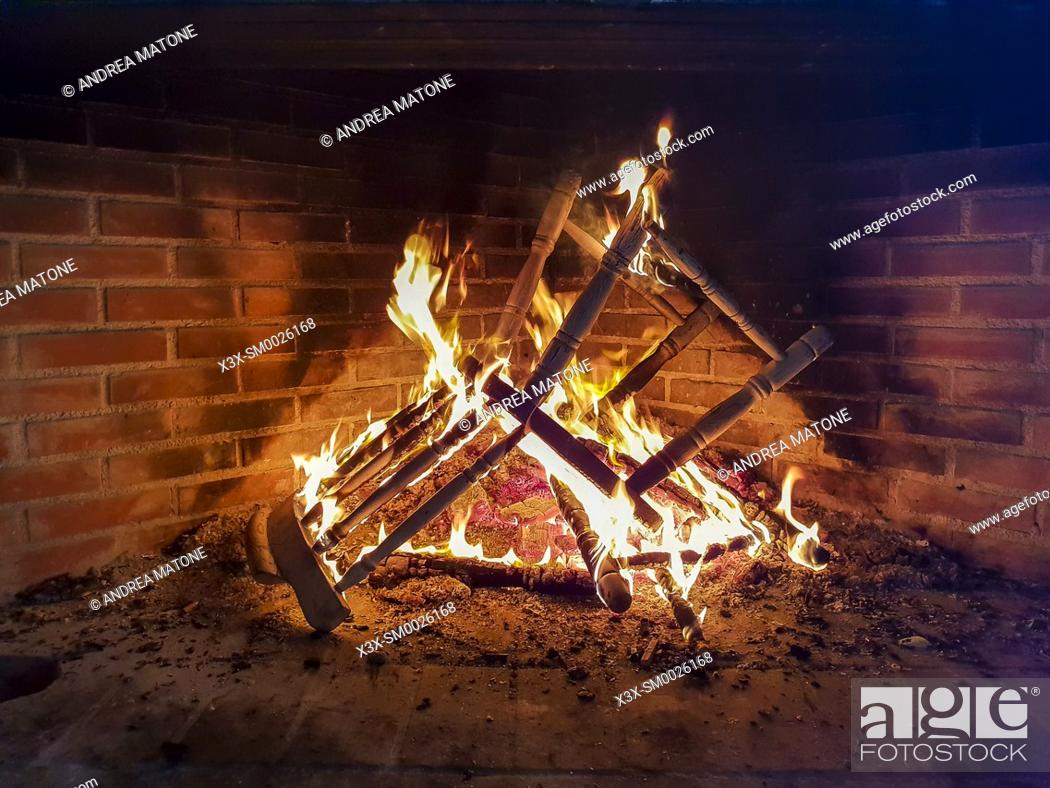 Imagen: Burning chair.