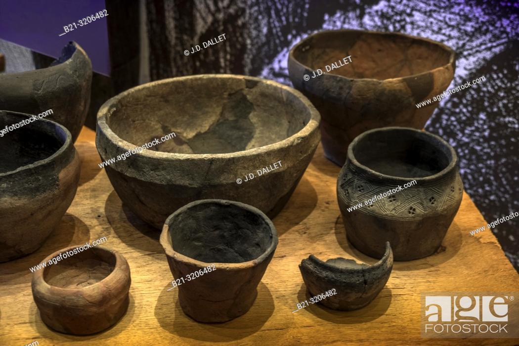 Stock Photo: Denmark, viking ceramics at the Trelleborg Museum. Trelleborg (Slagelse). The Trelleborg (or Trælleborg) west of Slagelse on the Danish island of Zealand.