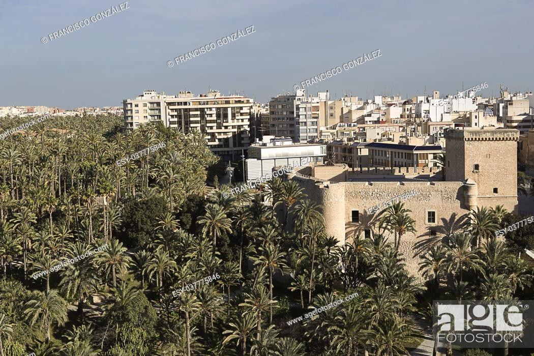 Photo de stock: Views of the city of Elche in the province of Alicante, Spain.