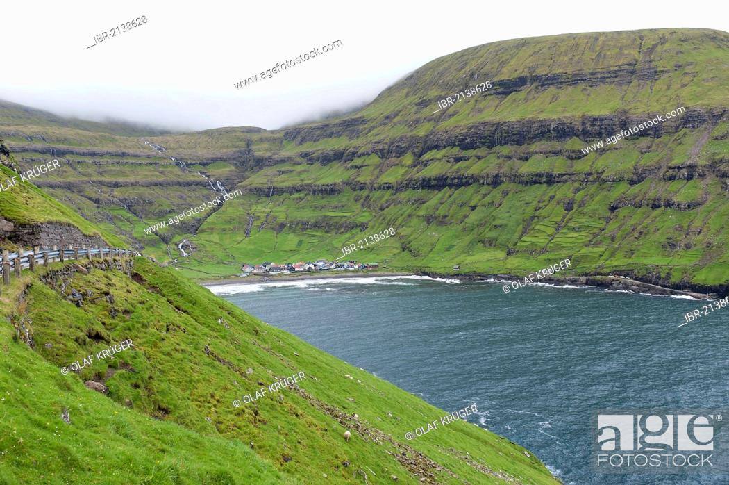 Stock Photo: Bay of Tjørnuvík, Tjoernuvik, Streymoy, Faroe Islands, Denmark, North Atlantic.