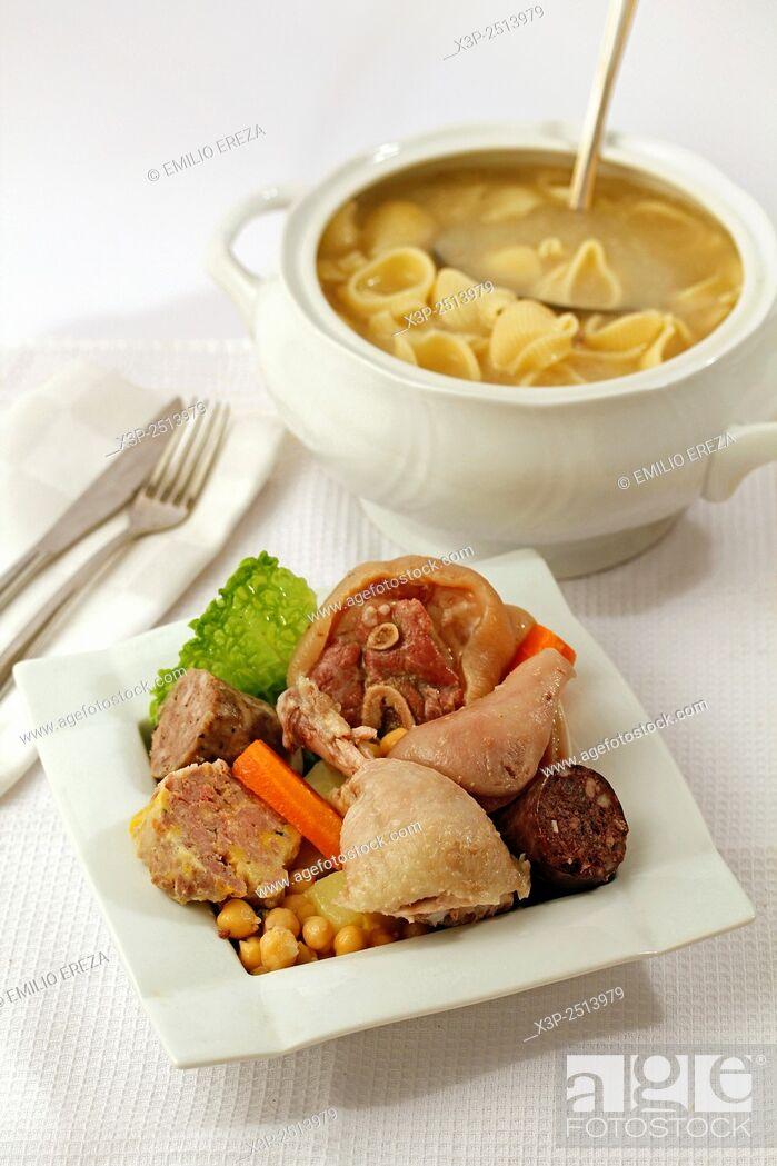 Stock Photo: Escudella i carn d'olla (Traditional catalan dish).