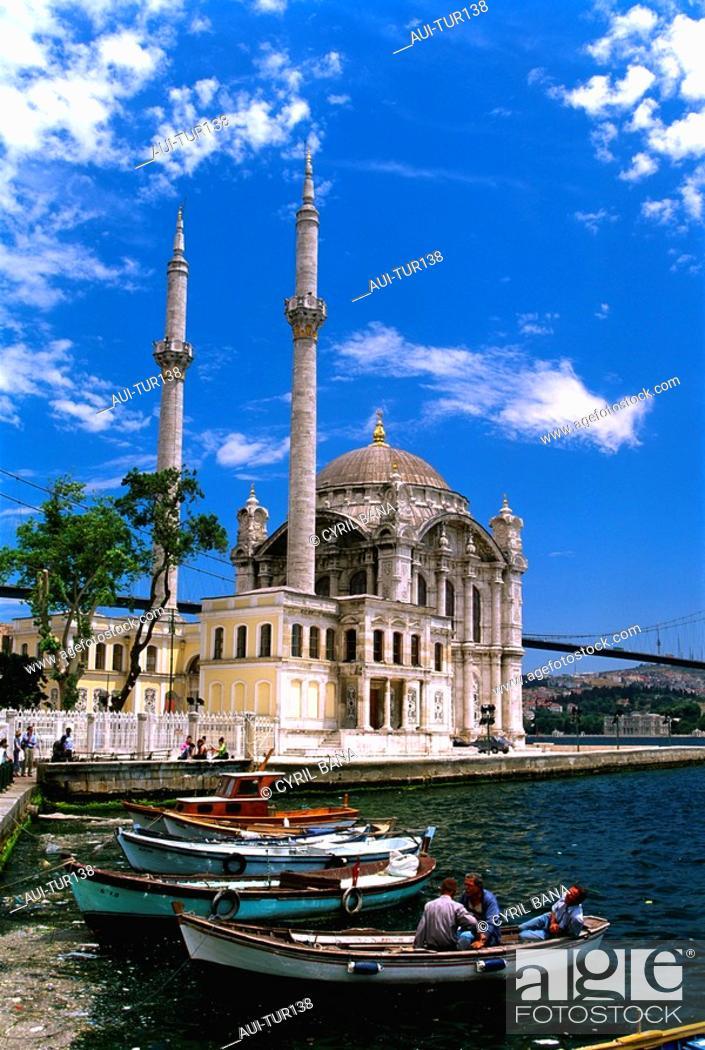 Stock Photo: Turkey - Istanbul - Bosphorus Bridge - Ortakoey Mosque.