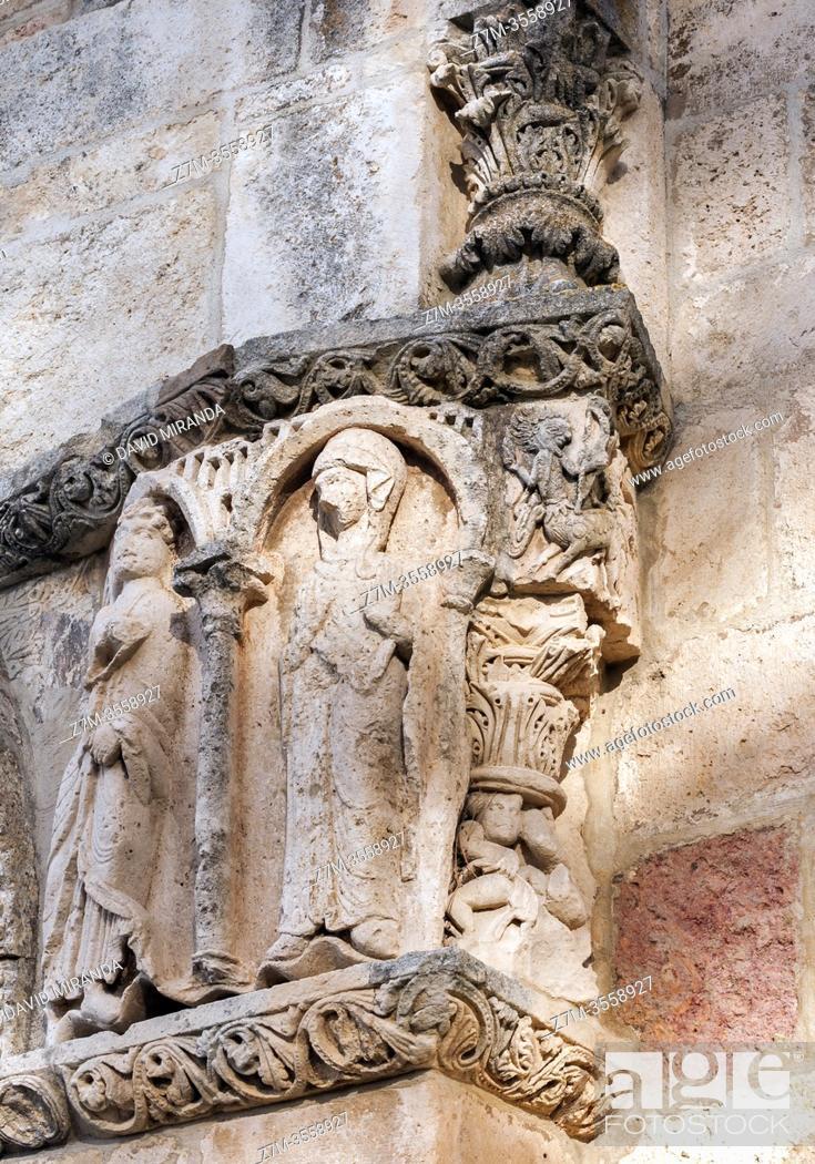 Imagen: Detalle del pórtico del Santuario románico de Nuestra Señora de Estíbaliz. Argandoña. Vitoria. Ã. lava. País Vasco. España.