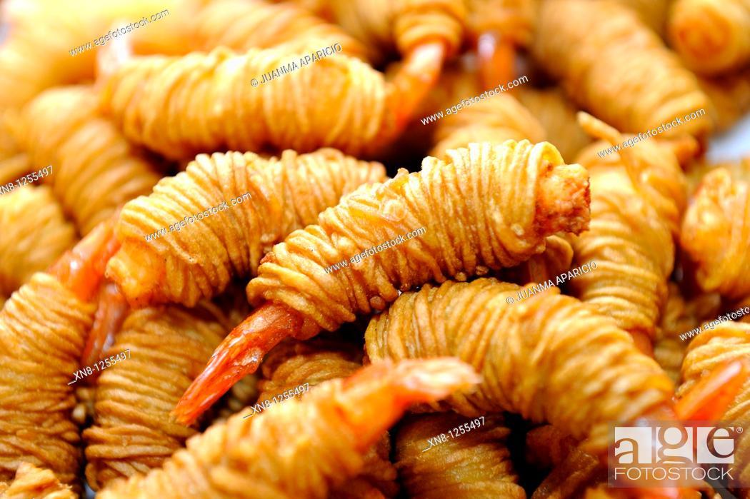 Stock Photo: Fried Prawns with Spaghetti.