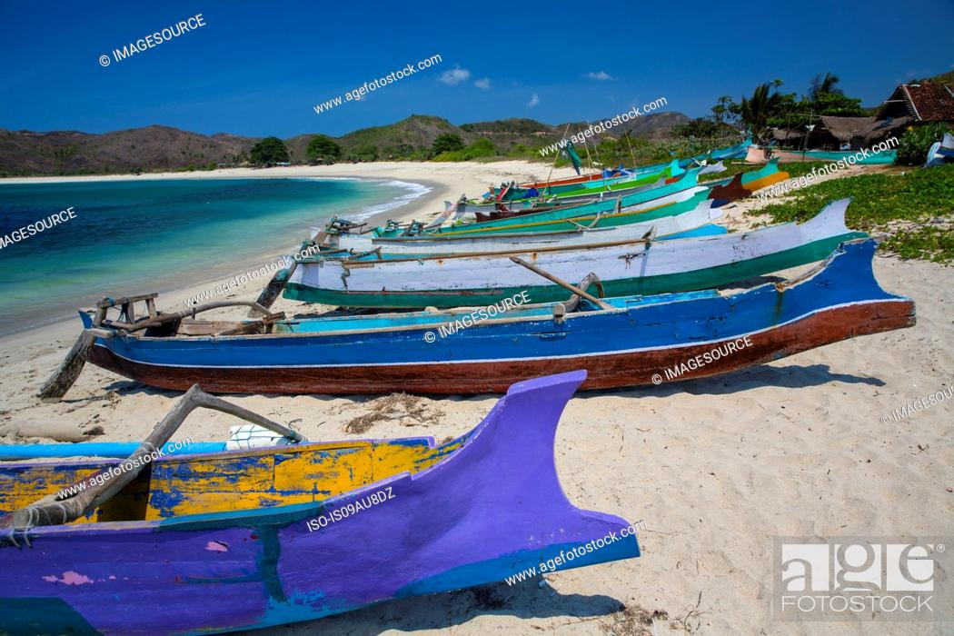 Stock Photo: Colorful fishing boats on Mawun beach, Pantai Mawun, Lombok, Indonesia.