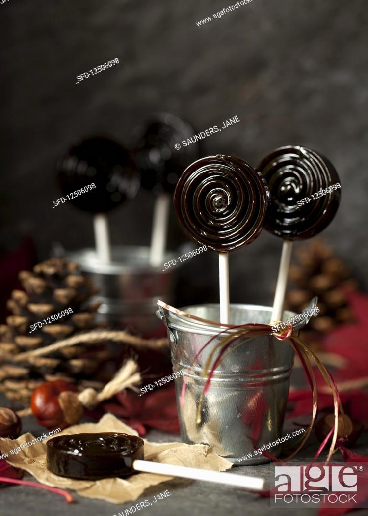 Stock Photo: Bonfire toffee lollipops.