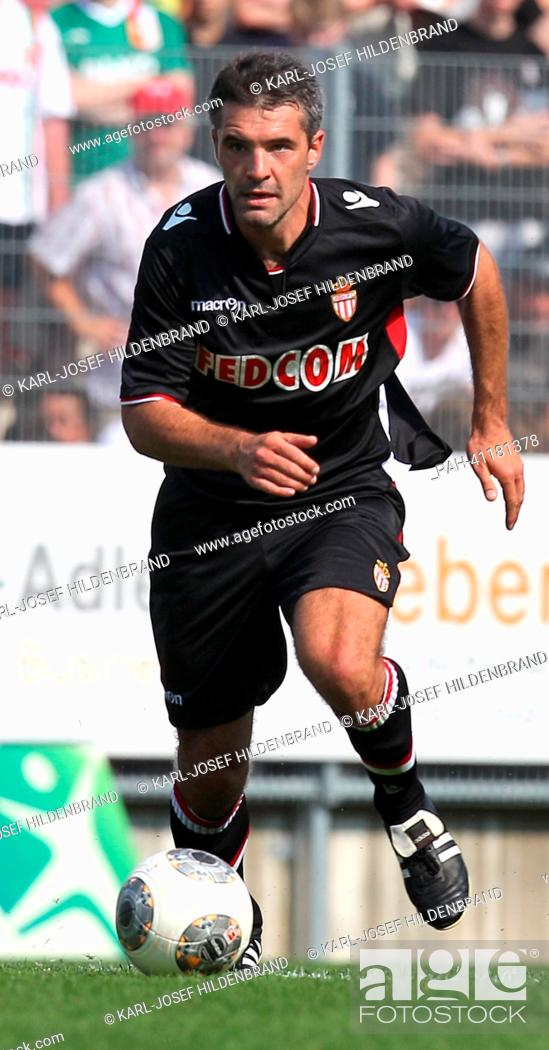 Stock Photo: Monaco's player Jeremy Toulalan in action during the soccer test match between FC Augsburg and AS Monaco in Memmingen, Germany, 20 July 2013.