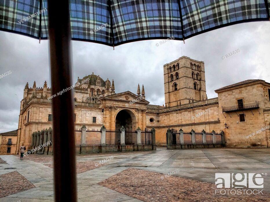 Imagen: Zamora cathedral, Zamora, Castile-Leon, Spain.
