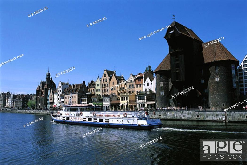 Stock Photo: Poland, Gdansk, quays of the Motlawa River, medieval port crane.