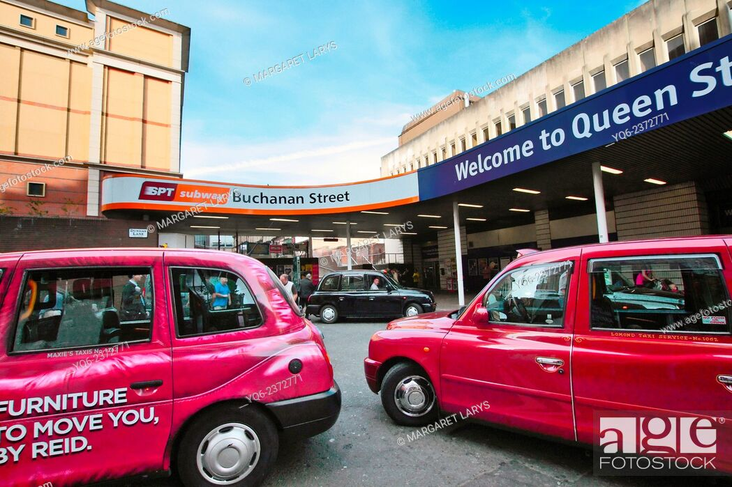Stock Photo: Glasgow taxis, Queen Street Station.