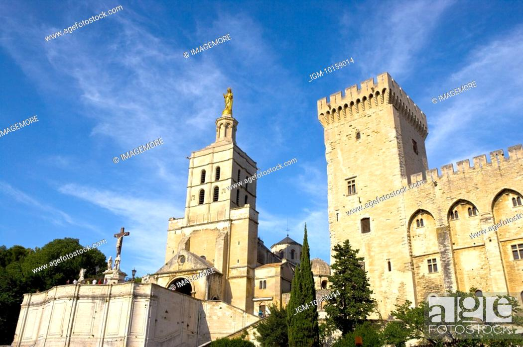 Stock Photo: France, Provence, Avignon, Pope's Palace.