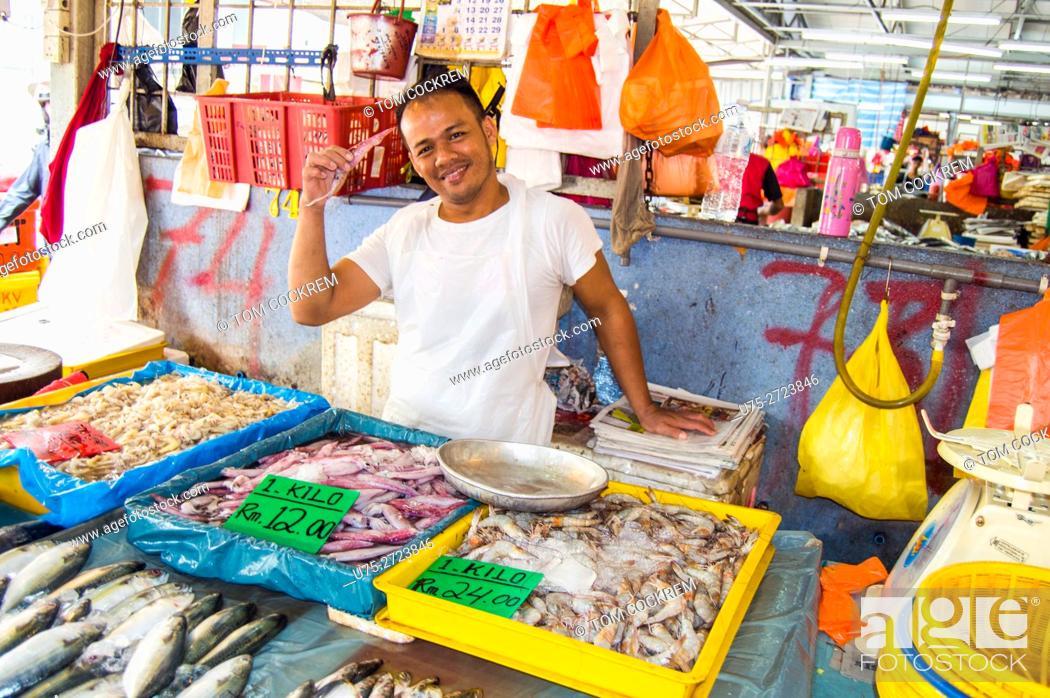 Photo de stock: Fish stall scene, Public market, Chow Kit, Kuala Lumpur, Malaysia.