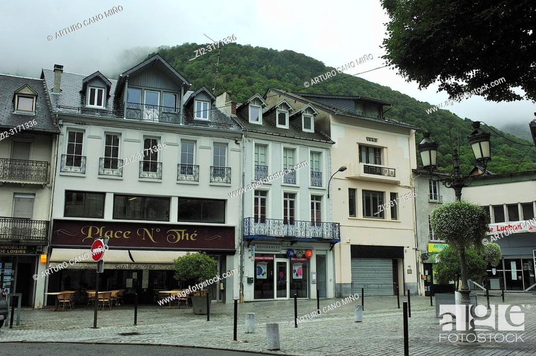 Imagen: An square at the city. Bagneres de Luchon town; Haute-Garonne department; Occitanie region; France.