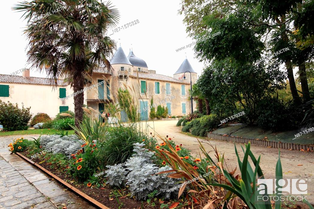 Stock Photo: France, Charente Maritime, Oléron, Saint Pierre d&39, Oléron, chateau de la Bonnema.