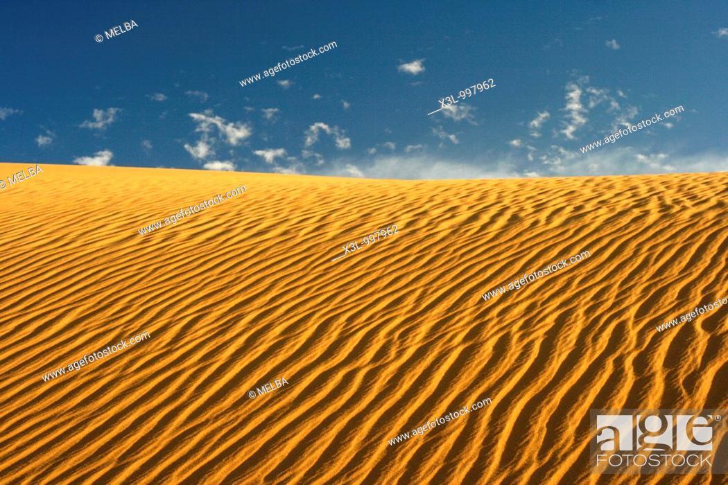 Stock Photo: Tahaggart  Tassili Ahaggar  Sahara desert  Algeria.