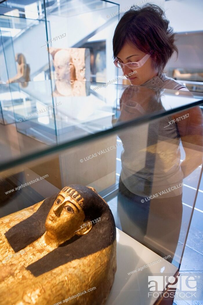 Photo de stock: Egyptian Museum of Barcelona  Valencia 284  93 488 01 88  Barcelona  Catalonia  Spain.