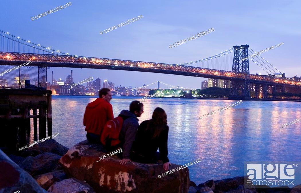 Stock Photo: Williamsburg bridge New York City, USA.