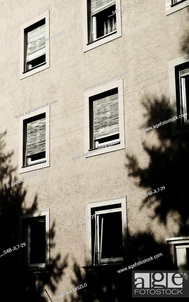 Stock Photo: Windows of an apartment house, Munich, Bavaria, Germany.