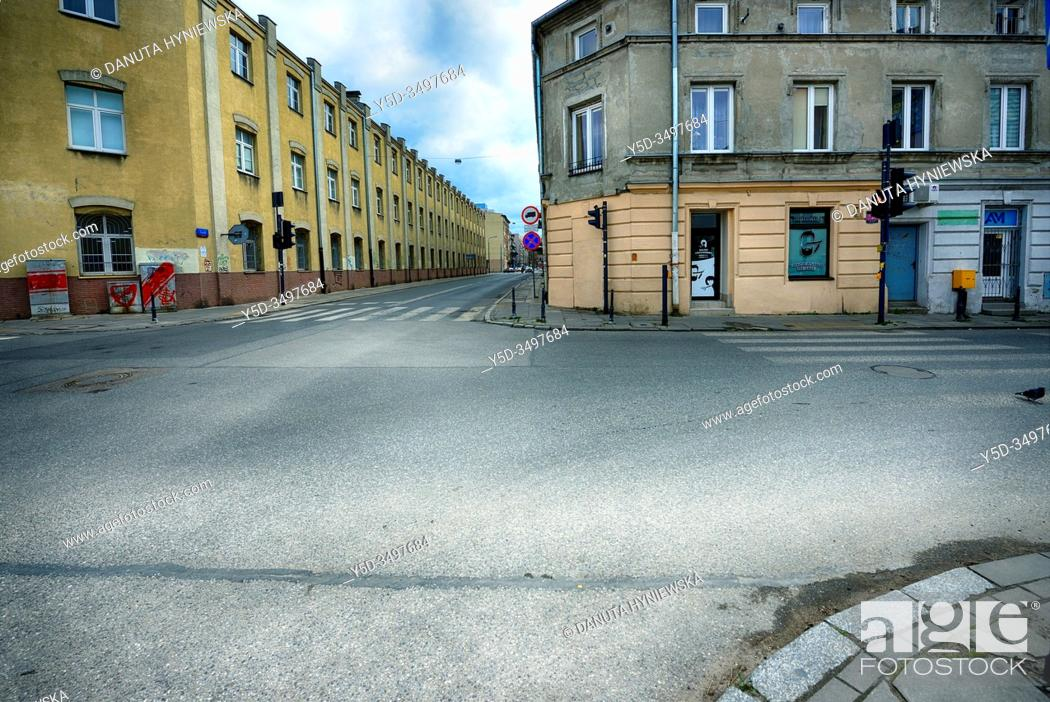 Imagen: Europe, Poland, Lodz, March 2020, empty streets of city center during the coronavirus pandemic.