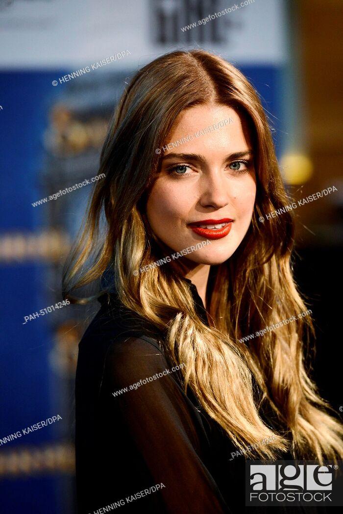 Actress Laura Berlin p...