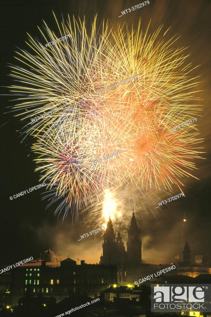 Stock Photo: Artificial Fires on Santiago's Cathedral. Holidays of the Apostle, . SANTIAGO DE COMPOSTELA, GALICIA, SPAIN, EUROPE.