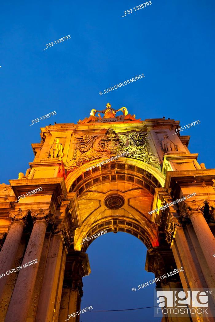 Stock Photo: Triumphal arch, Baixa district, Lisbon, Portugal.