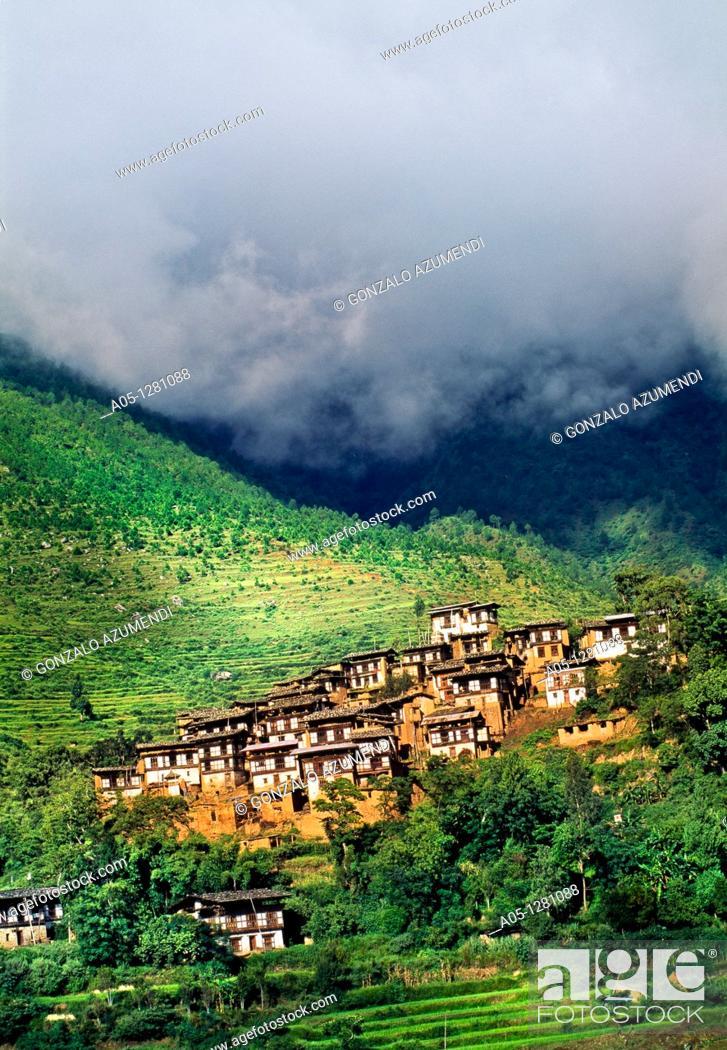 Stock Photo: Typical village  Wandi Phodrang Valley  Bhutan  Butan.