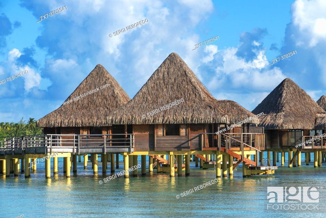 Stock Photo: Overwater bungalows of the Luxury Hotel Kia Ora Resort & Spa on Rangiroa, Tuamotu Islands, French Polynesia.