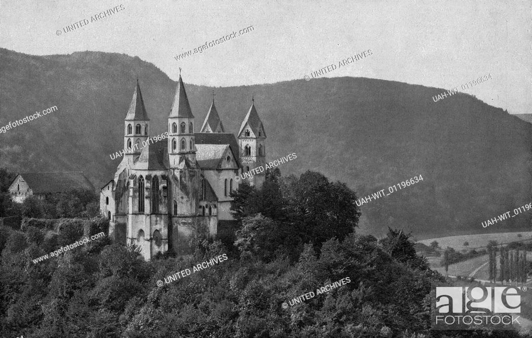 Stock Photo: Die ehemalige Prämonstratenser Klosterkirche in Arnstein. Erbaut um 1200, geweiht 1208. Die Osttürme Mitte 13. Jahrhundert, im 14. Jhdt.