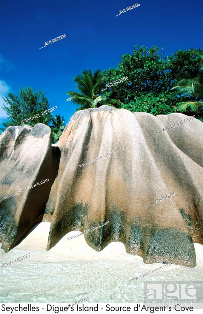 Stock Photo: Seychelles - Digue's Island - Source d'Argent's Cove.