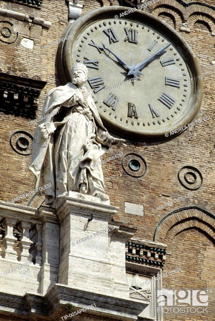 Stock Photo: Lazio, Rome, Santa Maria Maggiore church, statues and clock.