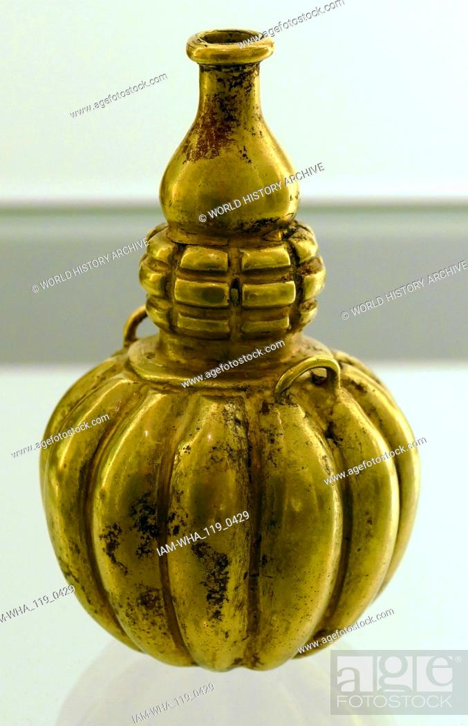 Stock Photo: Gold Lime Containers used to hold Powdered Lime for ritual use. Lime was used to enhance contemplation in prayer. From Quimbaya, Colombia, South America.