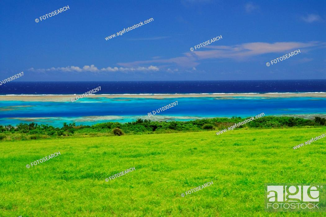 Stock Photo: Ranch and sea.