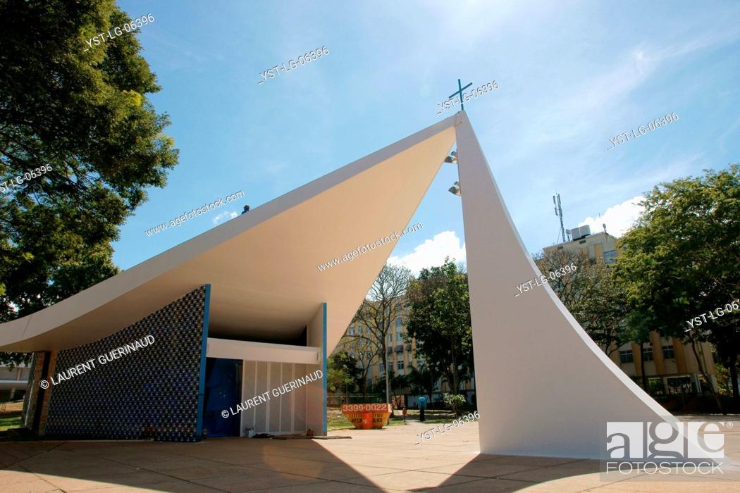 Stock Photo: Our chapel Mrs. Fátima, city, Distrito Federal, Brasília, Brazil.