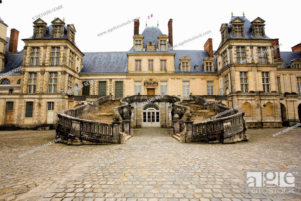 Stock Photo: Palace Fontainebleau, Île-de-France, France.