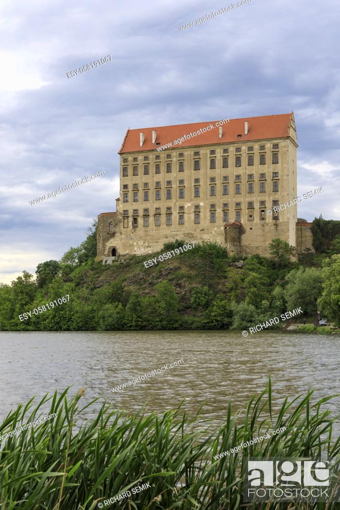 Imagen: Plumlov castle in Hana, Central Moravia, Czech Republic.