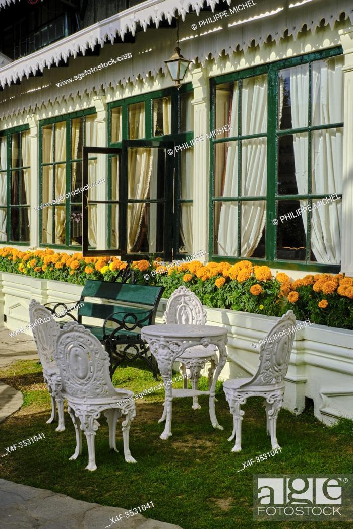 Stock Photo: India, West Bengal, Darjeeling, the Elgin hotel.