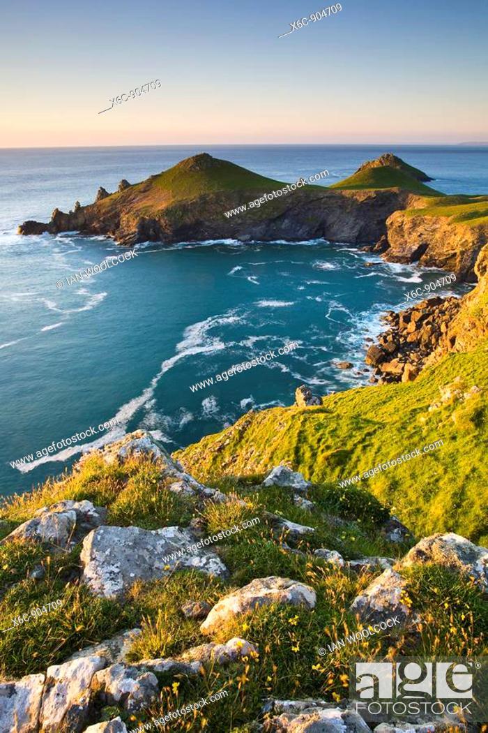Stock Photo: Rumps Point, North Cornwall, England UK.