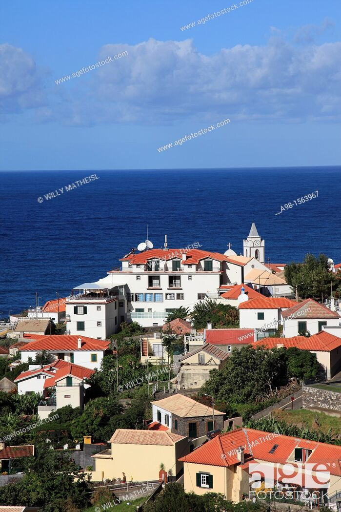 Imagen: village Jardim do Mar at the Atlantic Ocean on the island Madeira, Portugal, Europe.