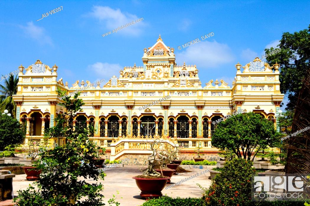 Stock Photo: Vietnam - The South - The Delta of Mekong - My Tho - Vinh Trang Pagoda.
