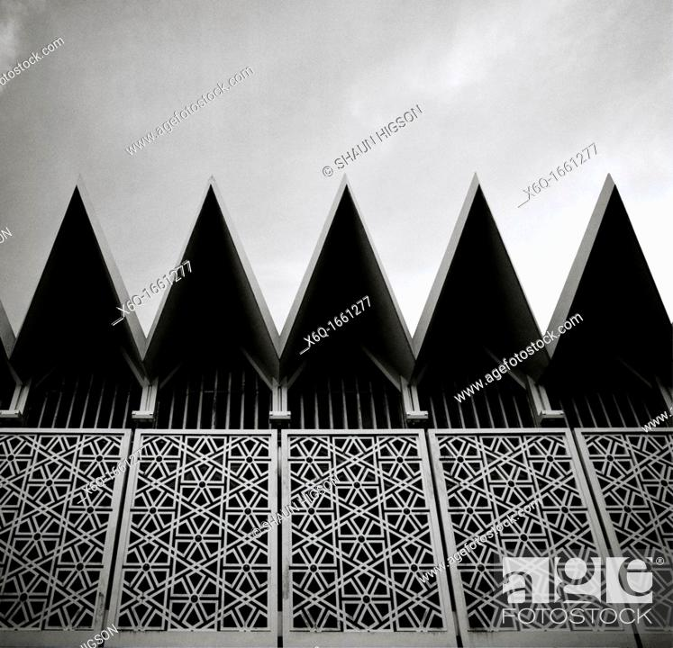 Imagen: The National Mosque of Malaysia in Kuala Lumpur in Malaysia in Southeast Asia Far East.
