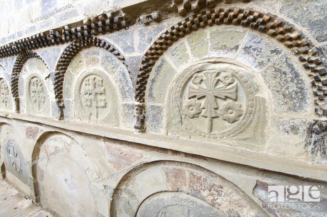 Imagen: Pantheon of Nobles in San Juan de la Peña Monastery, Huesca Province, Aragon, Spain.