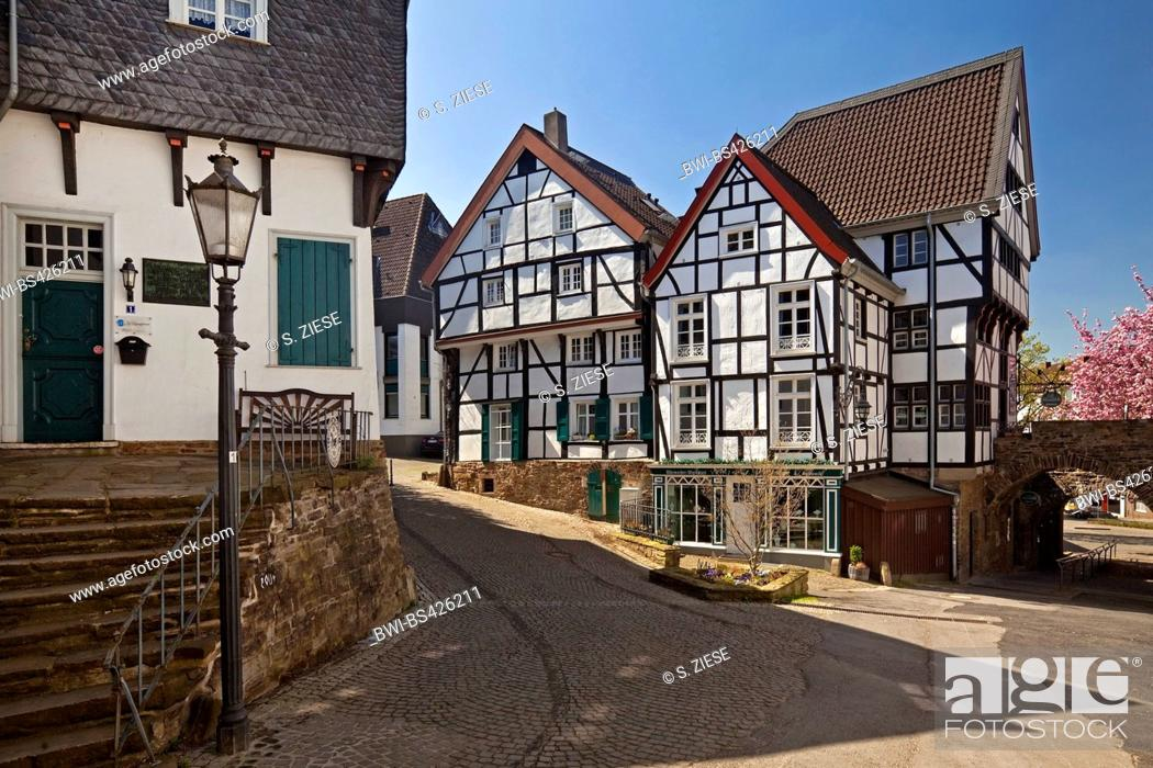 Stock Photo: timber-framed houses in the old town, Germany, North Rhine-Westphalia, Ruhr Area, Muelheim/Ruhr.