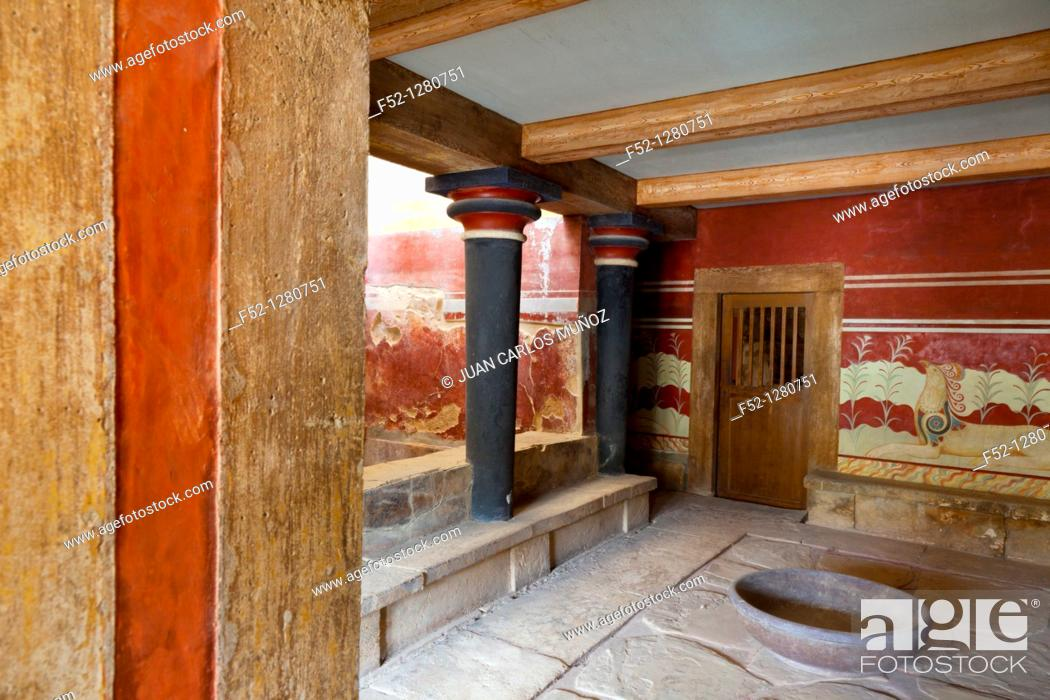 Stock Photo: Throne Room, Palace of Knossos, Crete Island, Aegean Sea, Greece.