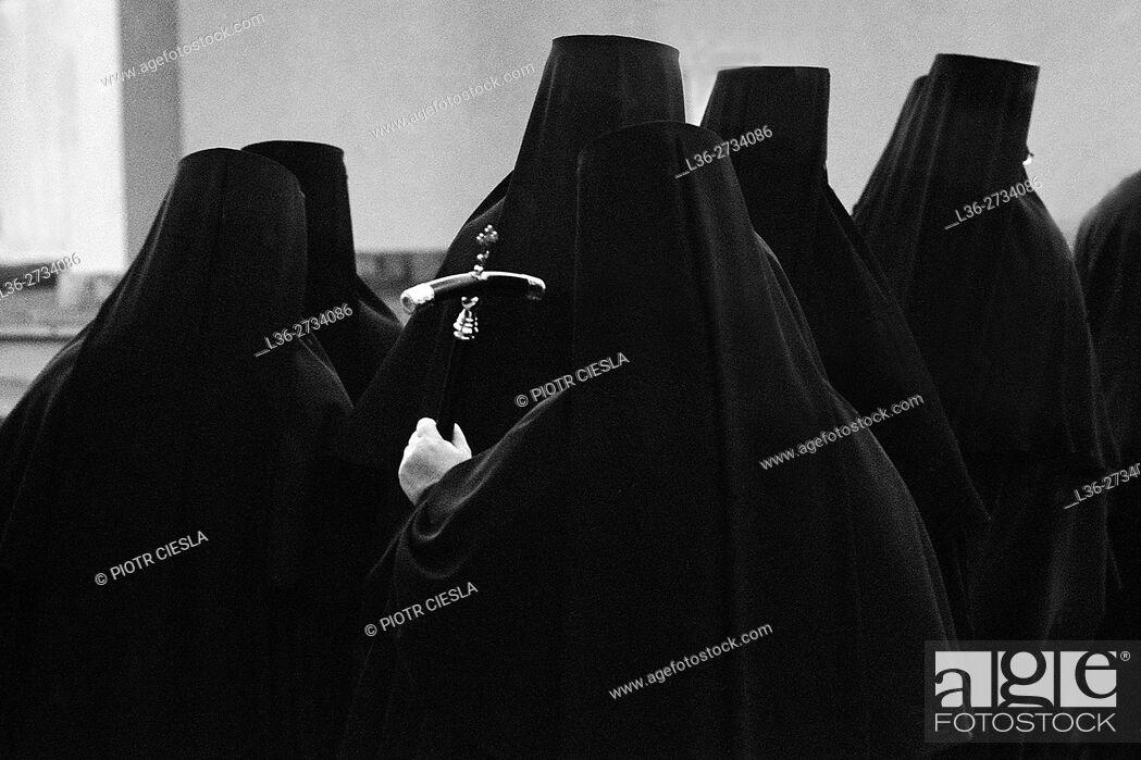 Stock Photo: Poland. Nuns at theOrthodox Church womens monastery at Grabarka.