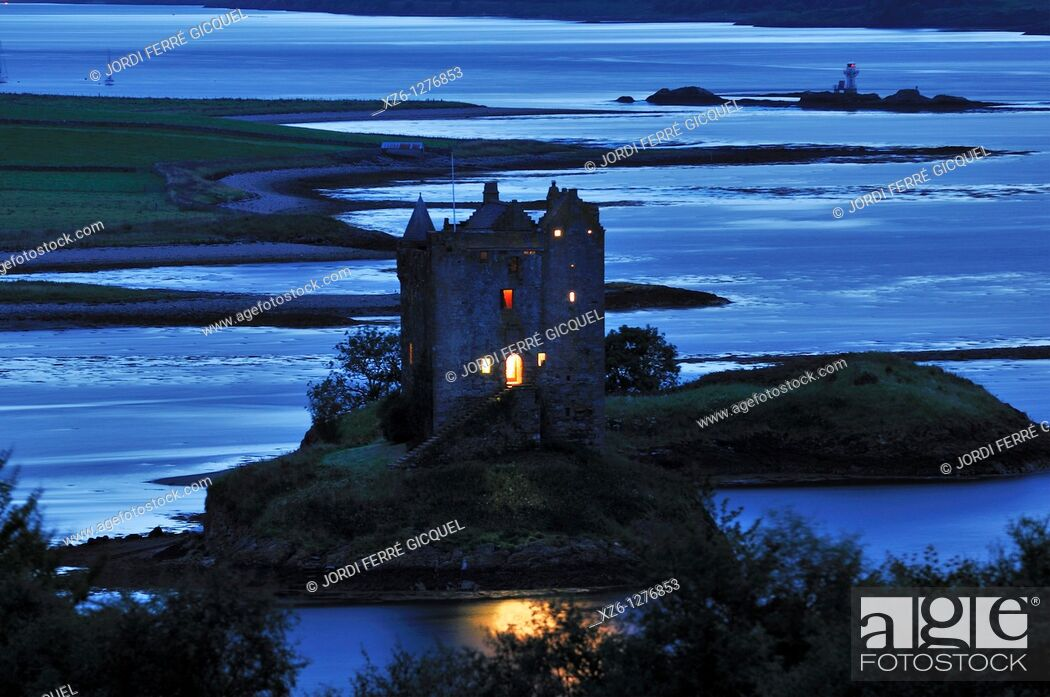 Stock Photo: Castle Stalker is a large stone 15th century tower house, Loch Laich, Portnacroish, Highlands, Scotland, United Kingdom, Europe.
