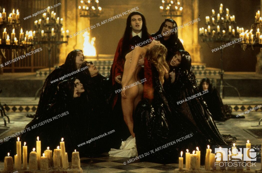 Interview With The Vampire The Vampire Chronicles Annee 1994 Usa Antonio Banderas Director Stock Photo Picture And Rights Managed Image Pic Poh A7a08c85 222 Agefotostock