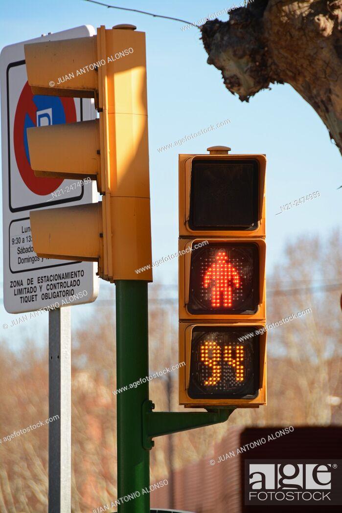 Stock Photo: Traffic lights. Calatayud, Zaragoza, Aragon, Spain, Europe.