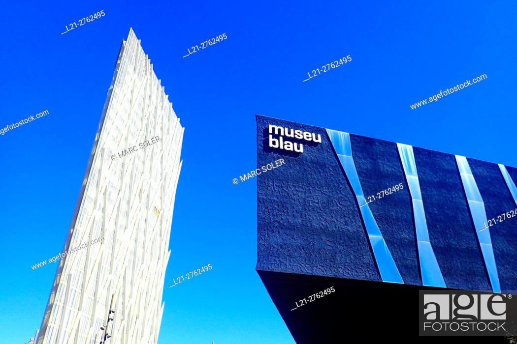 Stock Photo: Diagonal Zero Zero Tower designed by the architect Enric Massip, Telefonica Headquarters. Museu Blau, Forum Building. Diagonal Mar district, Barcelona.